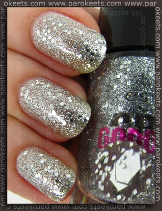 Essence Crazy Good Times Glitterastic