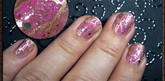 Nail transfer foil manicure with gold accents