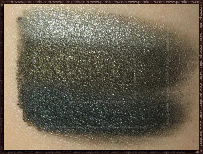 Swatch: Catrice Nymphelia: Smokey Eyes Set - Love, Peas & Harmony (over black)