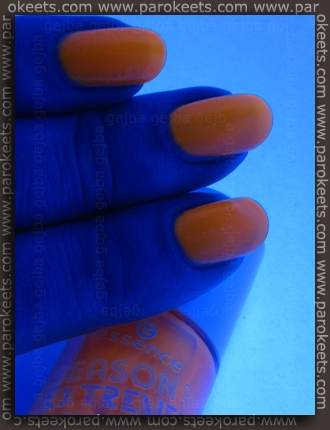 Essence Season Of Extremes: On The Bright Side neon nail polish