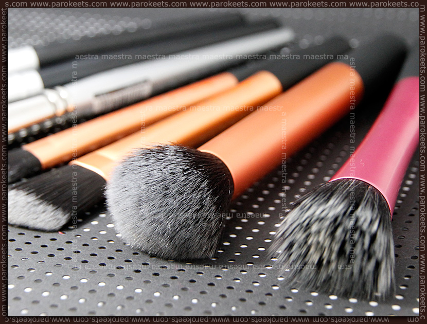 Review: Real Techniques - Buffing Brush