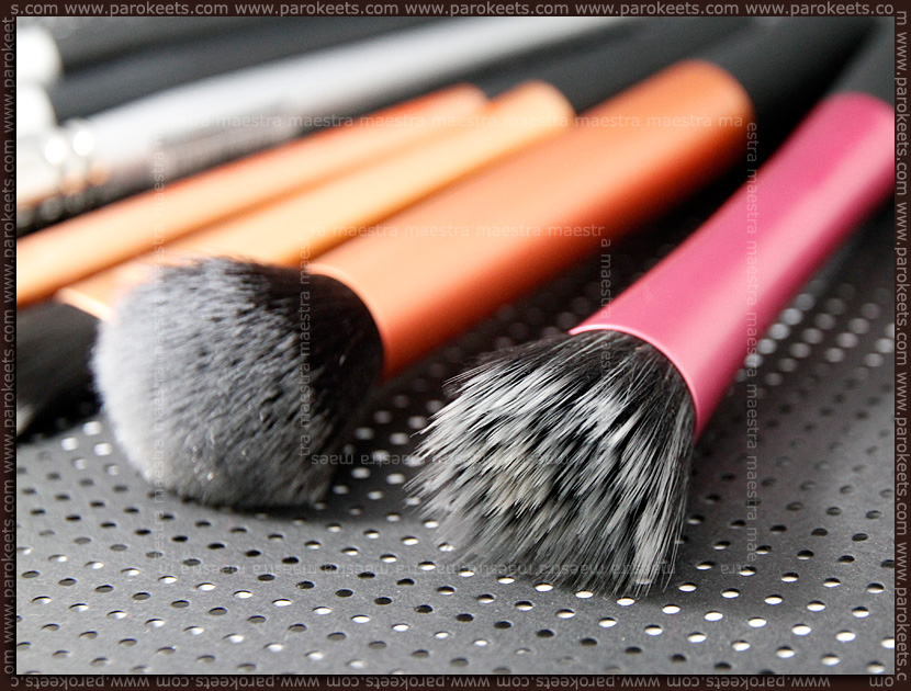 Review: Real Techniques - Stippling Brush