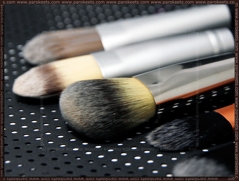 Review: Sephora - Preofessionnel Airbrush Precision Foundation Brush #56