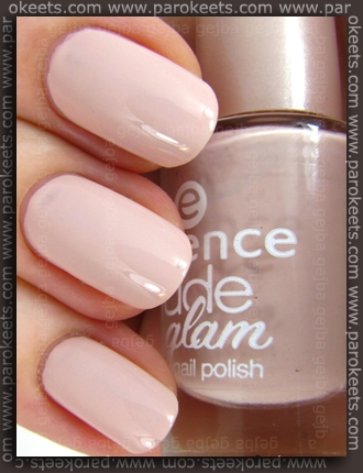 Essence Nude Glam - Iced Latte