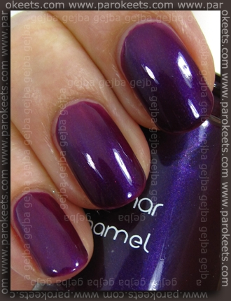 Flormar nail polish no. 411 (lightbox)