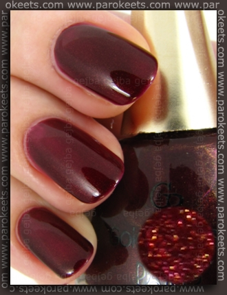 Golden Rose Paris nail polish no. 82 (swatch)