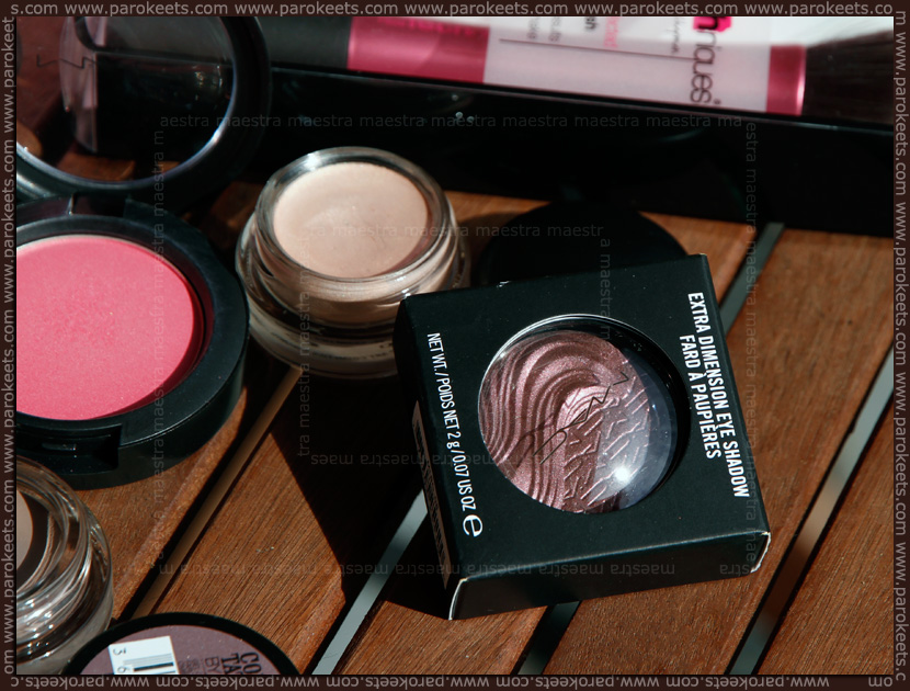 MAC - Extra Dimension Eye Shadow: Rich Core