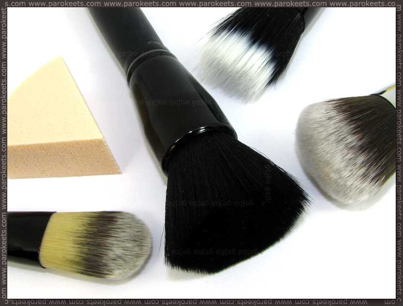 Project foundation - brushes by Gejba
