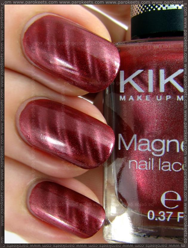 Kiko 702 - Rosso Rame magnetic nail polish (swatch)