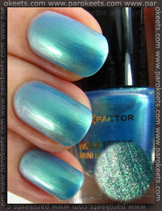 Max Factor Dazzling Blue