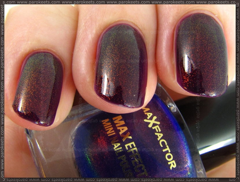 Rival de Loop 45 + Max Factor Fantasy Fire