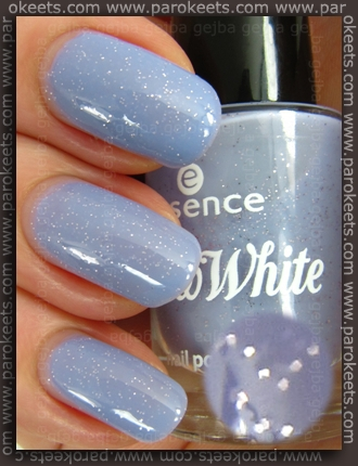 Essence Snow White TE Dopey nail polish