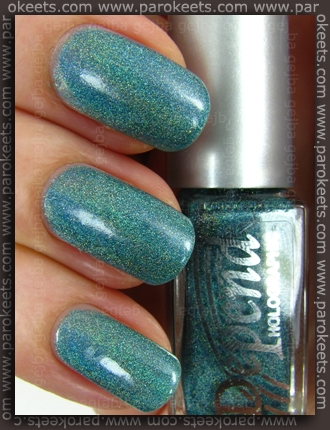 Depend Ocean Green (2036) holographic nail polish - lightbox