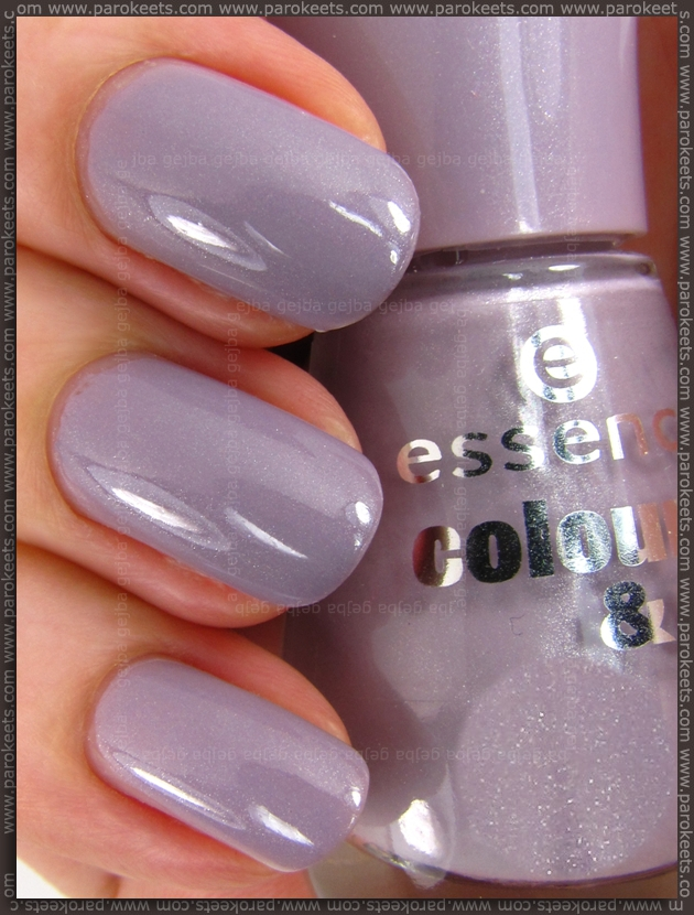 Essence New In Town LE: Ballerina's Charm nail polish