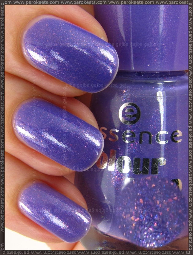 Essence New In Town LE: Oh My Glitter! nail polish