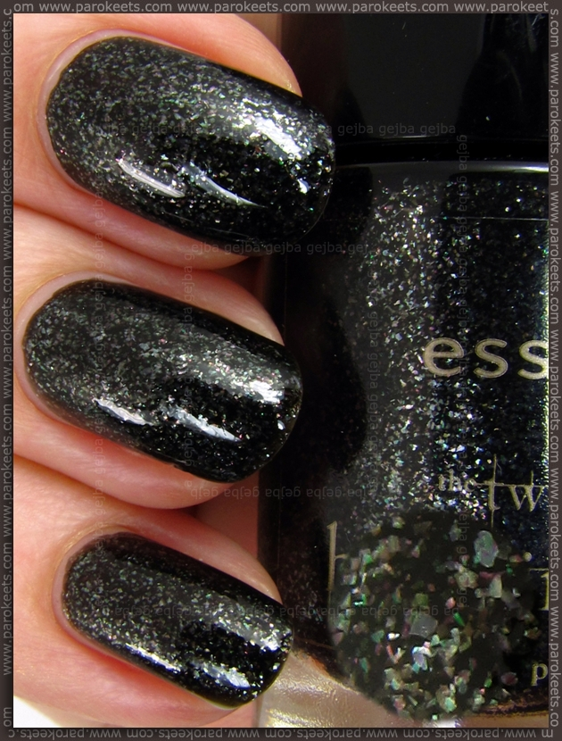 Essence Breaking Dawn - Edwards Love nail polish