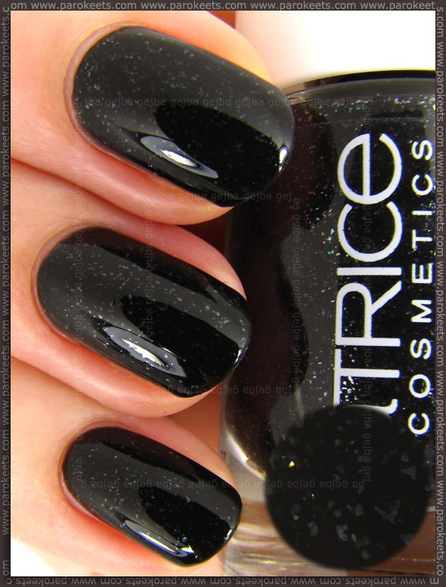Catrice The Calm Call nail polish