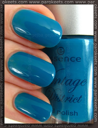 Essence Vintage District LE Shopping@Portobello Road nail polish