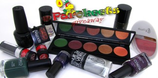 Parokeets blog - Fourth birthday/blogiversary giveaway