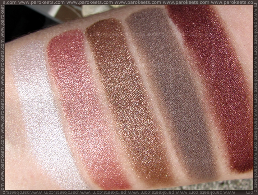 Maybelline Color Tattoo eyeshadow swatches (sun)