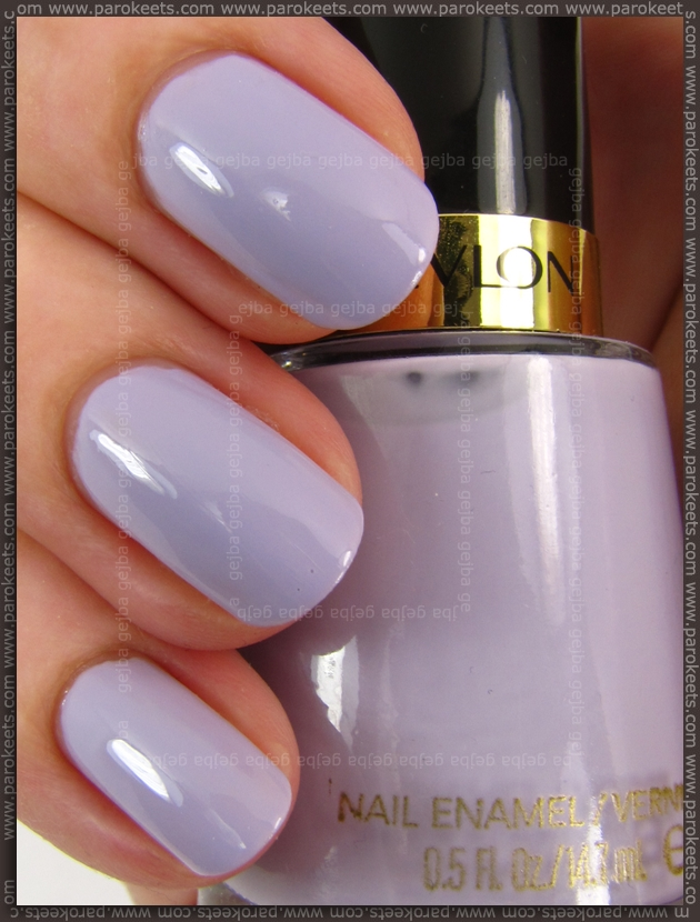 Revlon Charming nail polish (swatch)