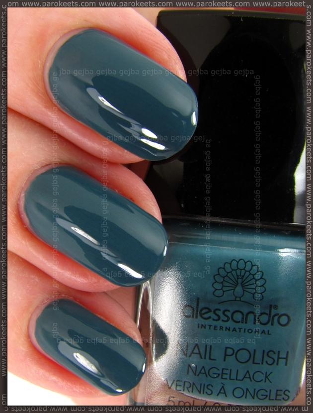 Alessandro Fashion Clubbing - Idolic Indigo nail polish