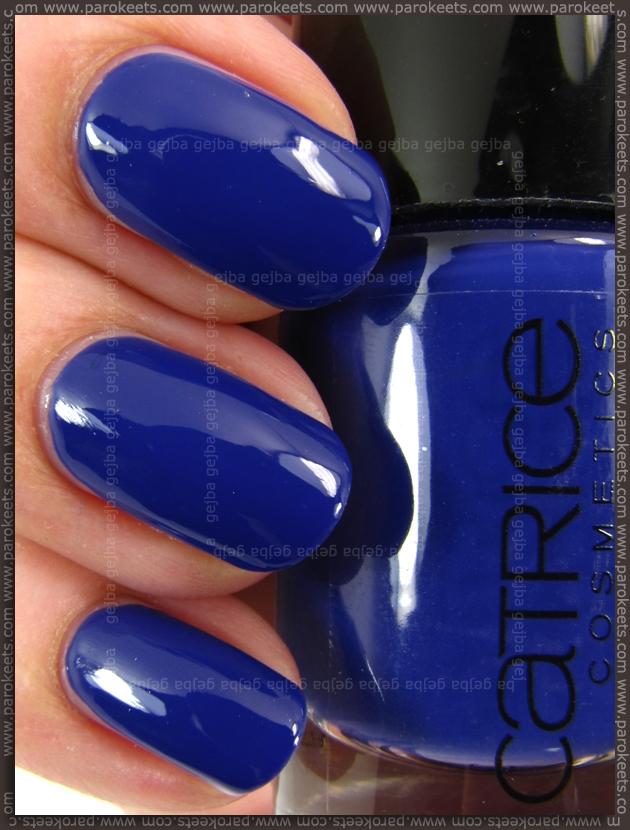 Catrice Shopping Day At Bluemingdales nail polish swatch