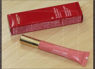 Clarins Instant Light Natural Lip Perfector 05 Candy Shimmer packaging