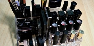 Stojalo za kozmetiko - polno
