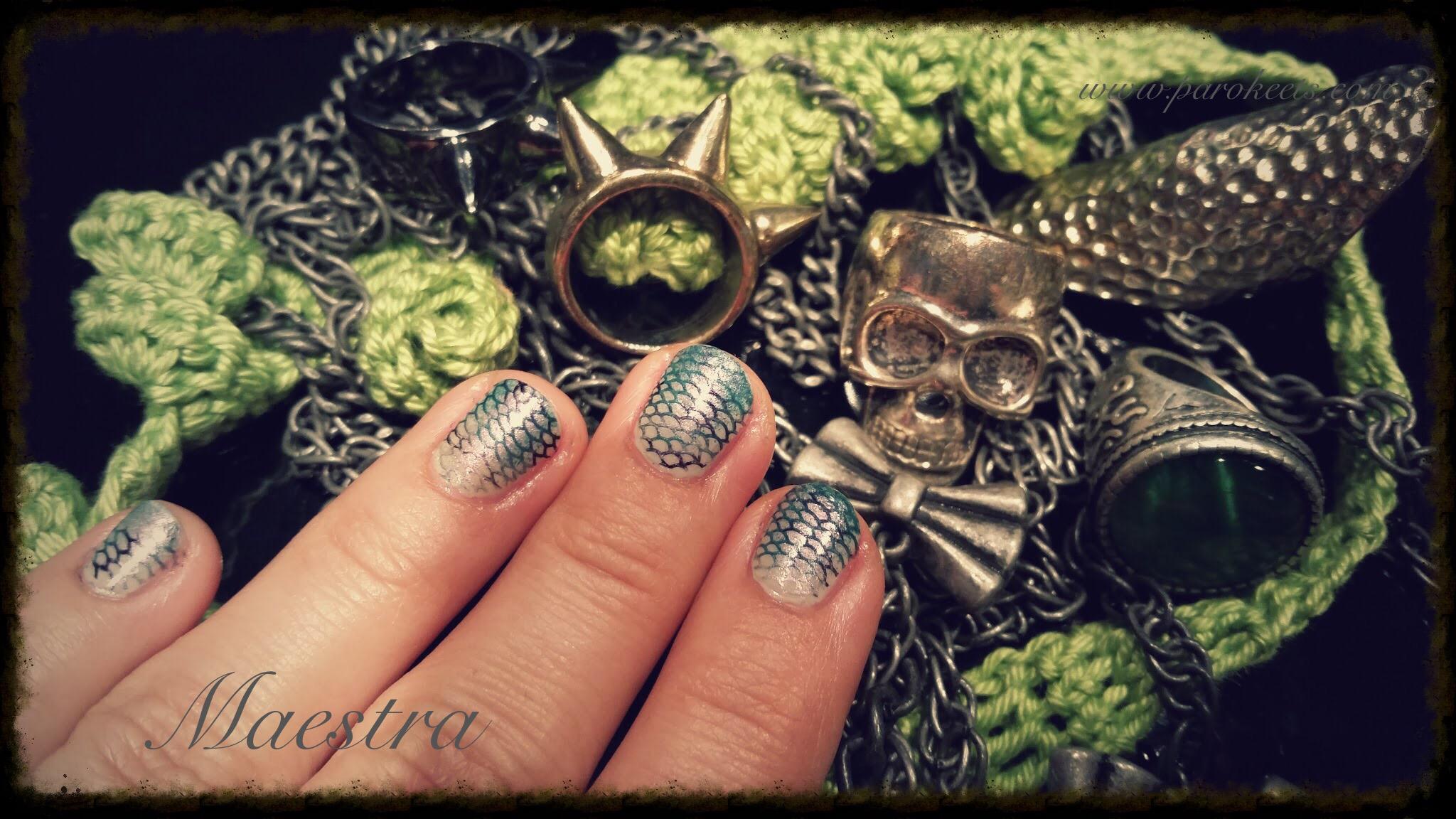 Maestra's Halloween manicure