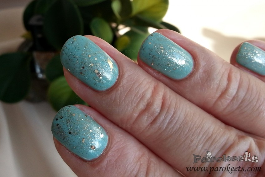 Alessandro Pastel Mint, Euphoria (Sunday Rose) swatch