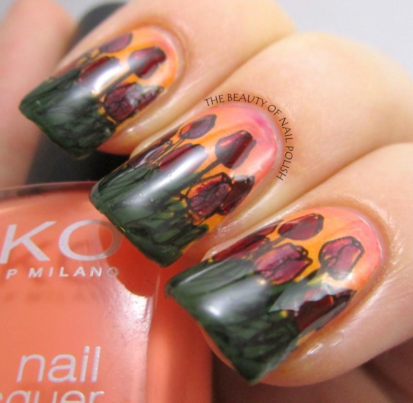 Tara - tulips manicure 3