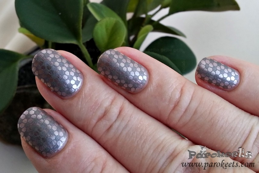 Catrice VISIONairy Mystic Moments in nail art z Greyhound to Nowhere