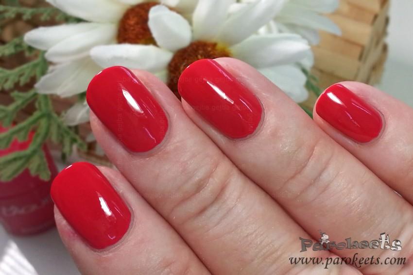 Bourjois La Lacque 04 Flambant Rose nail polish (2015)