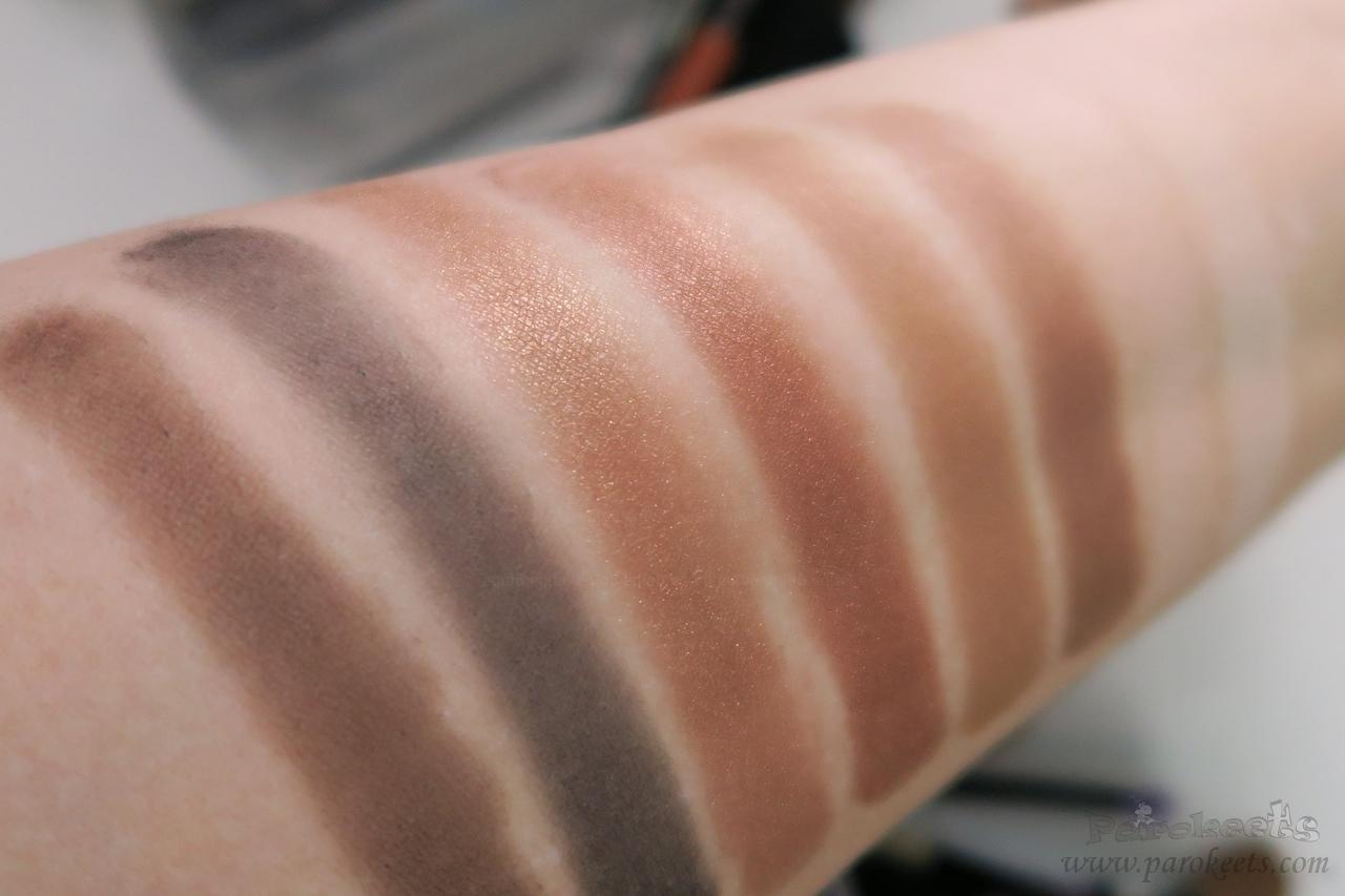 Make up Factory Warm Earth eyeshadow palette (lightbulb)
