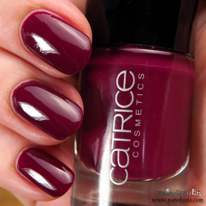 Catrice It's a Very Berry Bash nail polish