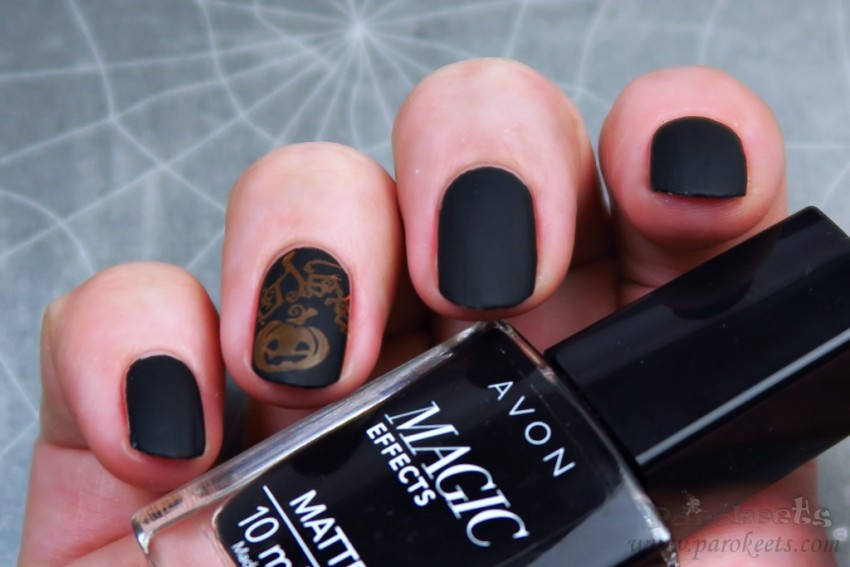 Avon Matte Magic Effects BLACK Halloween pumpkin