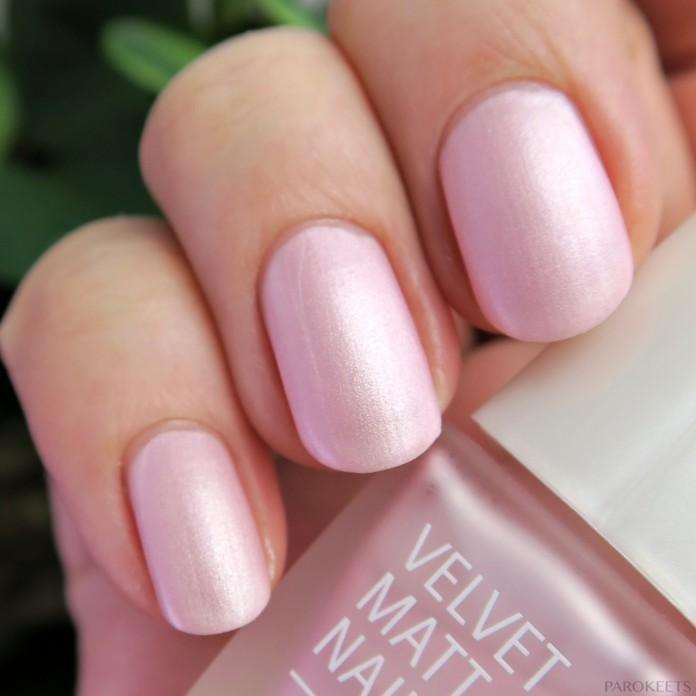 IsaDora Velvet matt lak za nohte 829 Pink Sugar (Riviera pomlad 2016)