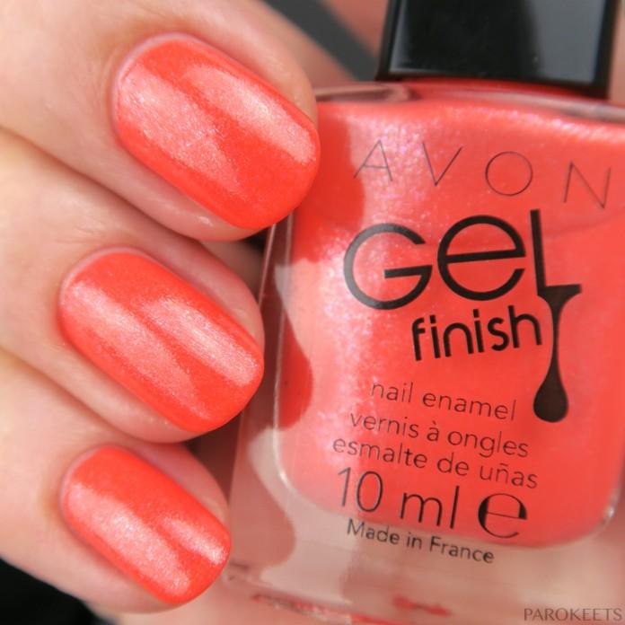 Avon Coral Shimmer lak za nohte (pomlad 2016)