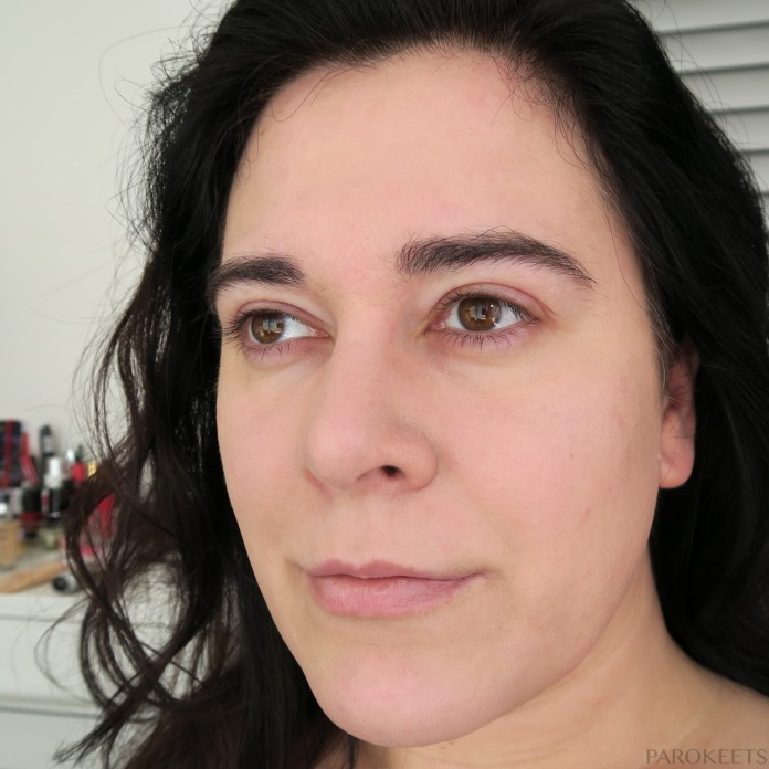 IsaDora Wake Up make-up 00 Fair tekoča podlaga/puder