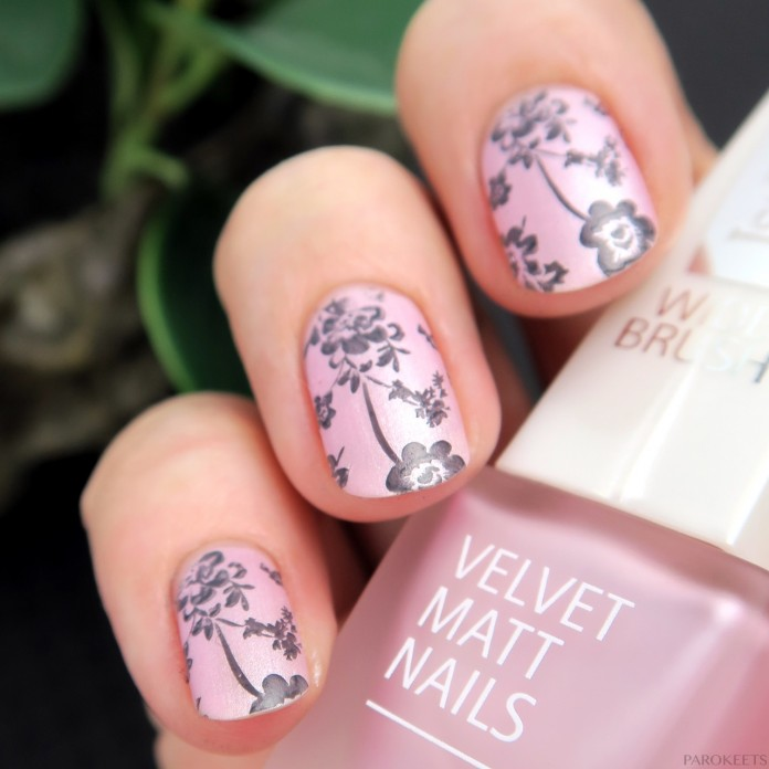 Matt pink nails with grey flower stamping (IsaDora Pink Sugar)