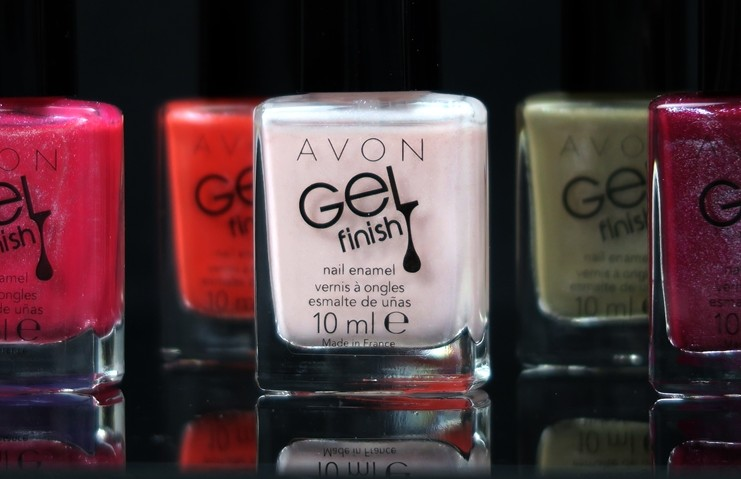 Avon Gel Finish shimmer nail polishes 2016