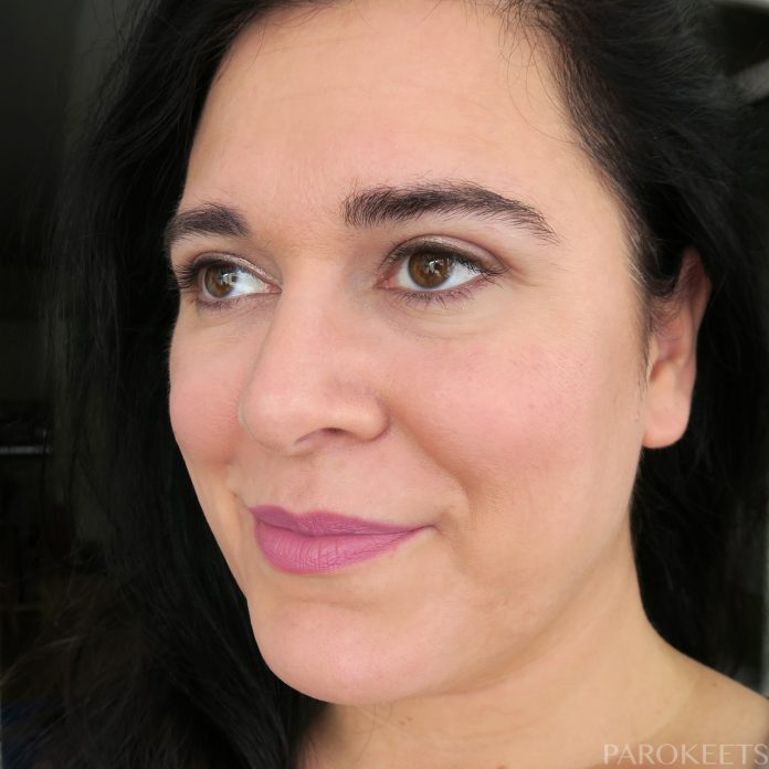 L.O.V Lip Affair lipstick Ayann's Orchid (lip swatch)