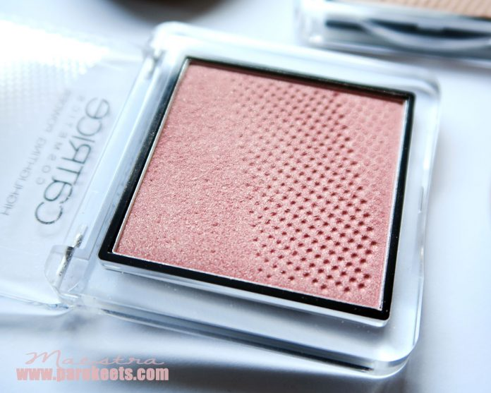 Catrice Pret-A-Lumiere Limited edition: Highlighting Powder Prismatic Pink
