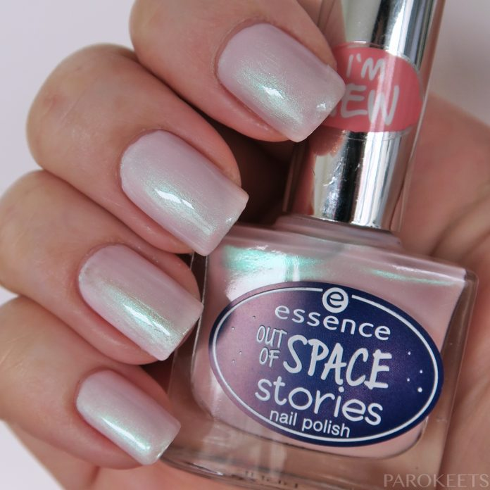 Essence Outta Space is the Place (Out Of Space Stories) pink green douchrome nail polish