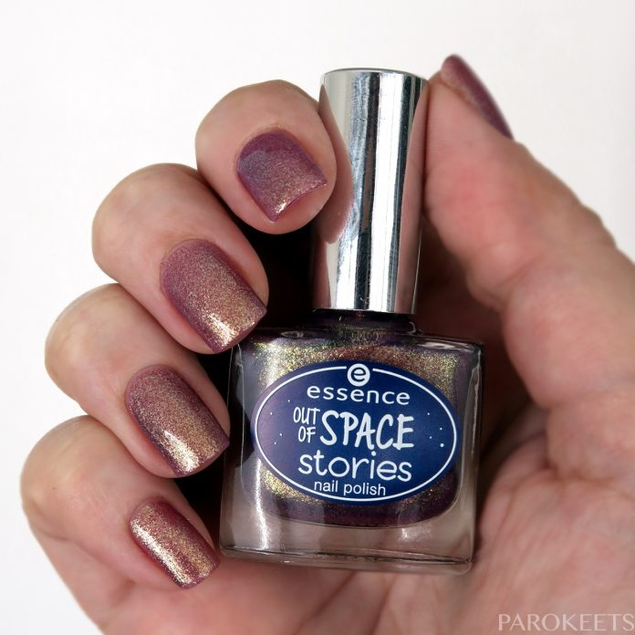 Essence Space Glam (Out of space stories) duochrome nail polish shade by Gejba Parokeets